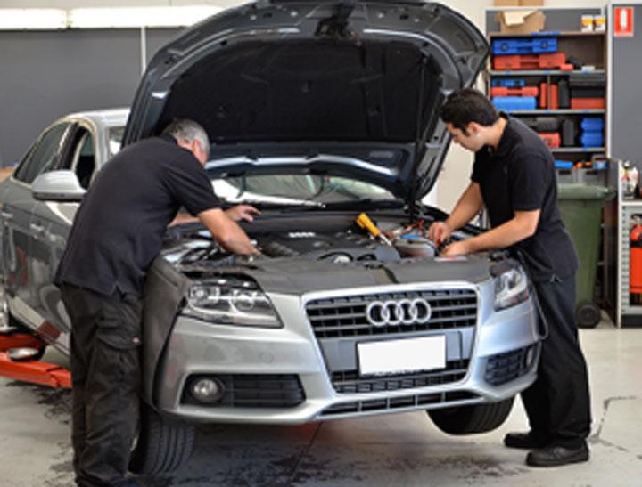 Tìm gara sữa chữa xe Audi
