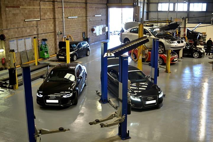Top gara sửa chữa ô tô uy tín